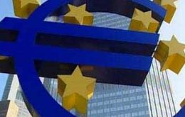 ECB clears the way for Greece's second rescue plan