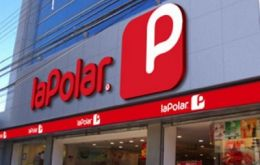 PricewaterhouseCoopers allegedly transferred shares of La Polar while knowing about the company's financial situation.
