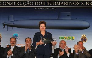 President Dilma Rousseff present at the ceremony reiterated Brazil's interest in technology transfer