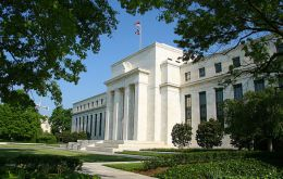 In most twelve Fed Reserve districts capital spending is cautious