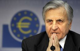 "Jean Claude Trichet: economic uncertainty is ""particularly high""'."