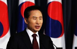 President Lee Myung-bak has met with his counterparts in Mexico, Peru, Bolivia, Ecuador, Panama, among others