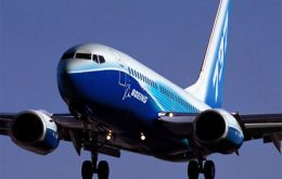 Deliveries of the 180-seat Boeing 737-900ER jets will begin in 2013