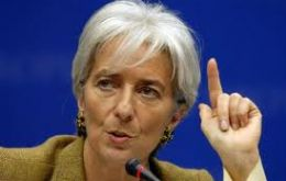 "Lagarde said that in spite of the situation, ""it does not foresee a global recession"""