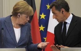 Merkel and Sarkozy committed to keep Greece in the Euro zone