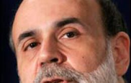 Bernanke called on Congress to avoid fiscal actions that could impede the 'ongoing economic recovery'