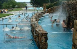 Natural thermal baths in Salto and Paysandú