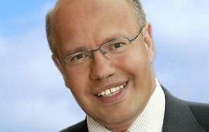 Lawmaker Peter Altmaier, said suspension returns decision to the entire lower house