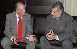 Paraguay's President Fernando Lugo was the host of the meeting, which as usual included the King of Spain, Juan Carlos  (L)