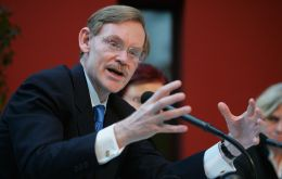 Zoellick is proposing massive influx of 200 billion dollars
