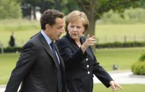 Sarkozy and Merkel want a quick reply on the Euro zone