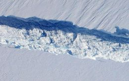 The crack in the ice sheet is advancing at a rate of two metres per day