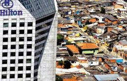 But also a country of acute income disparity; the richest 10% gain 44.5% of total income (Photo Folha de S. Paulo)