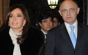 Timerman will be accompanying President Cristina Fernandez (L) to the summit and on an official visit to Venezuela