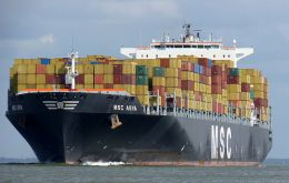MSC Asya has a total capacity of 9.200 TEU