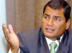 Ecuadorean president: region's problems should be discussed in the region not in Washington