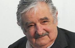 Mujica good relations with Cristina Fernandez and Dilma Rousseff are positive factors