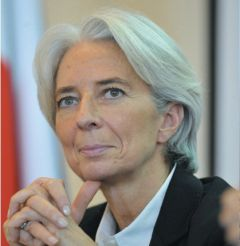 The three threats according to Lagarde: banking contagion, fall in trade and reduced foreign investment