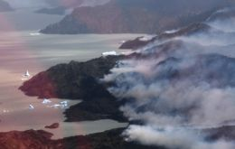 Over 9.000 hectares have been destroyed (Photo AFP)