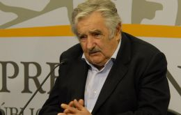 President Mujica has warned familias about growing indebtedness and &lsquo;plastic credit&rsquo;<br />  <br />