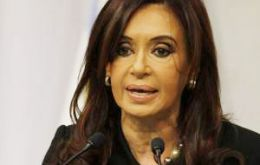 Cristina Fernandez, subsoil belongs to the Argentines, oil corporations should take notice and re-invest