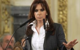 De facto committee will analyze each sector's productivity announces President Cristina Fernandez