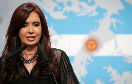 "The Argentine president also called on PM Cameron ""to give peace a chance"""