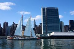Tara oceans vessel in front of UN Headquarters (Photo UN)