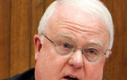 "Sensenbrenner tells Argentine rhetoric on the Falklands should ""be cooled"""