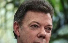 President Santos praised the decision, but said it was not enough before peace is reached