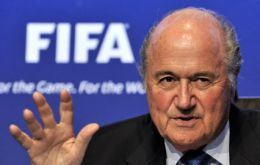 """We must work together"" and not waste time over conflicts, said FIFA president"