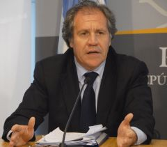 "Foreign Secretary Almagro, as with Cuba, ""we do not support blockades"""
