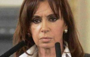 Expropriation or intervention, the options under consideration by Cristina Fernandez