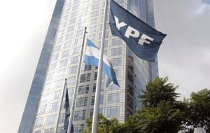 The majority 51% of YPF will be shared by the Argentine Executive and oil producing provinces