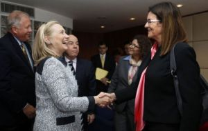 Hillary Clinton had a long discussion with Petrobras CEO Maria das Gracas Foster