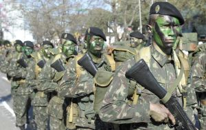 Unasur 43% expenditure on defense: Brazil's forces on parade