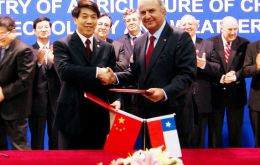 Chilean Agriculture minister Luis Mayol on his sixth visit to China (Photo: Minagri.com)