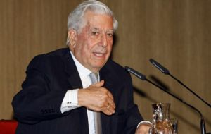 "Cristina Fernandez a ""flagrant example"" of the populist barbarization policies of Peronism said Vargas Llosa (Photo: EFE)"