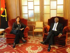 "The visiting leader also thanked Angola for ""the permanent support for Argentina's Malvinas sovereignty claim"""