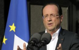 Hollande keeps electoral promise and French troops will be back by the end of 2012