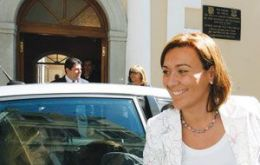 La Linea mayor Gemma Araujo arrives at Convent House in Gibraltar (Photo Gibraltar Chronicle)