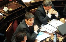 Cabinet Chief Juan Abal Medina informed the Senate of CFK's plans