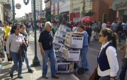 Argentines are concerned with the economic situation and prospects