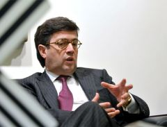 IDB bank president Luis Alberto Moreno: 'just look at Santander Brazil'