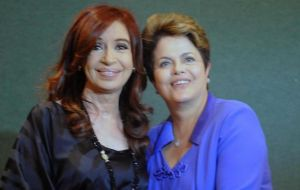 The two ladies, Cristina and Dilma in Los Cabos