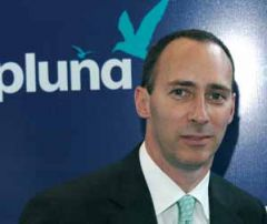 "Pluna's former CEO, Matías Campiani only has financial expertise, ""not a clue about air industry"""