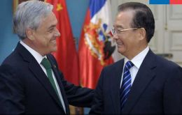 Piñera and Wen plant to double bilateral trade by 2015
