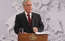 President Piñera making the presentation of ENSYD
