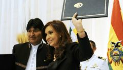 Cristina Fernandez and Evo Morales celebrate the increased bilateral relations