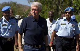 UN envoy to Haiti, Bill Clinton, has accepted UN soldiers may have brought cholera